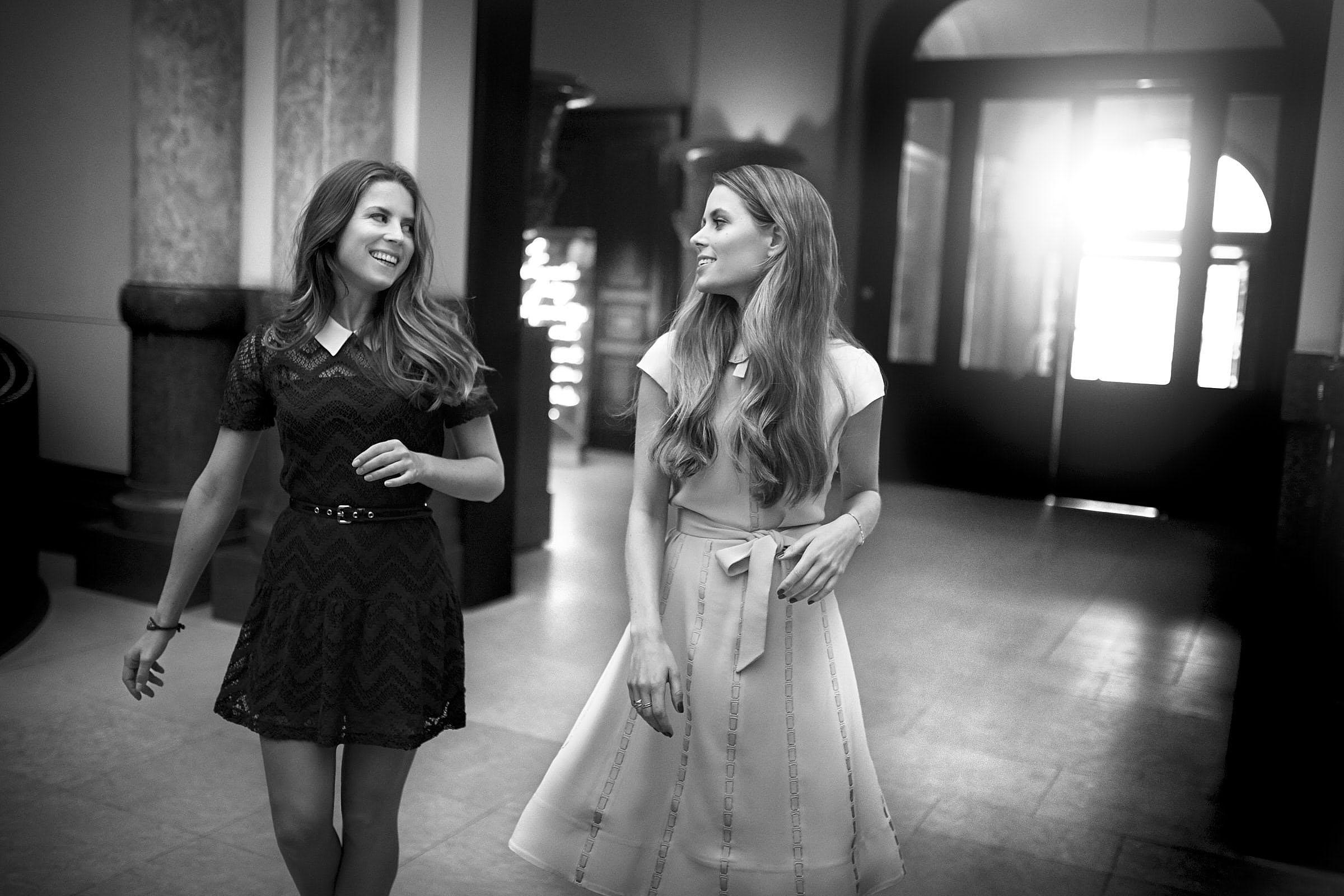 Lydia & Irene Forte im Foyer des Hotel de Rome Berlin am 10.03.2015